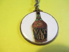 Alimentaire /Alcool / Whisky/ Vat 69/Edmond Barthe Distributeur /Paris  / Vers 1960     POC214 - Key-rings