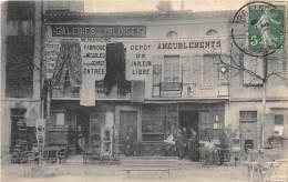 """32 - GERS / L' Isle Jourdain - Devanture Des Galeries """" L' Isloises """" - Très Beau Cliché Animé - Otros Municipios"""