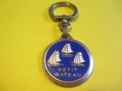 Habillement / PETIT BATEAU/ Augis Lyon  / Vers 1960       POC215 - Key-rings