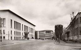 CPSM BOULOGNE BILLANCOURT - L'HOTEL DE VILLE ET LA POSTE - Boulogne Billancourt