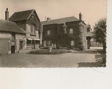 Saint Cyr Du Vaudreuil - Auberge Du Grillon - Altri Comuni