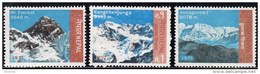 Nepal 1971 Set Of 3 Himalayan  Peaks Everest,Kangchenjunga,Annapurna  253-5 - Nepal