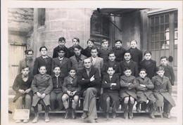 Photo De Groupe   Peut_être    Le CRES     1941 _1942   18.5 Cm  X  13 Cm - Lieux