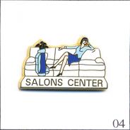 PIN´S Sport - Golf / Sponsor Salons Center. Estampillé Arthus Bertrand. Zamac. T470-04 - Golf