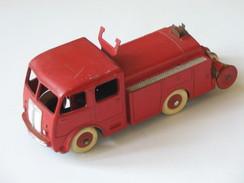 DINKY TOYS - Camion Pompier 1er Secours BERLIET - Réf 32 E **** EN ACHAT IMMEDIAT **** - Dinky