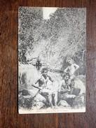 TAHITI : Dans Le Val De La Fataua, Musiciens - Tahiti