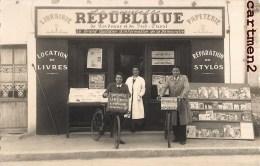 """CARTE PHOTO BORDEAUX OU ENVIRONS DEVANTURE """" LA NOUVELLE REPUBLIQUE """" PRESSE POLITIQUE JOURNAUX LIVREUR PAPETERIE - Bordeaux"""