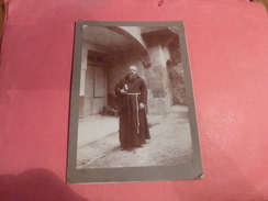 PHOTO ORIGINALE PRETRE CURE  BARBE LONGUE Dans Un Monastere ? - Personnes Anonymes