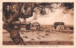40 - Bicarrosse-Plage - La Poste - Avenue De La Plage Animée - Biscarrosse