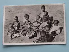 Kinderen / Children Des Enfants Avec BANANA ( Fotokaart ) Anno 19?? ( Zie Foto Details ) !! - Autres