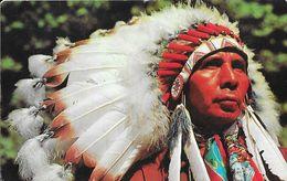 Indian Chief - Photo By A. Devaney - Carte Non Circulée - Indiens De L'Amerique Du Nord