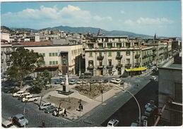 Messina: SIMCA 1300, FIAT 500, 600, 600 MULTIPLA, 850, 1100, ALFA ROMEO GIULIA- 'LUX' , Piazza Monumento Regina Elena - PKW