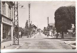 76 Gournay En Bray Saint Clair Carrefour - Gournay-en-Bray