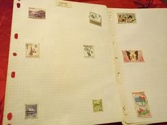 D0719 LOT FEUILLES MONDE A TRIER BELLE COTE DÉPART 10€ - Sammlungen (im Alben)