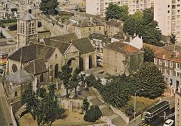 CPM  De  IVRY Sur SEINE (94)  -  Place De L' Eglise      //  TBE - Ivry Sur Seine