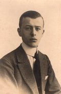 Carte Photo Originale Homme - Portrait De Beau Jeune Homme - - Personnes Identifiées