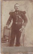CABINET FOTO. CDV -  GAND, BELGIE  --  OFFICER WITH SABRE  --  10,3 Cm X 6.3 Cm  - FOTO: J. De LATTRE - 1914-18