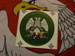 Insigne De Casque à Coller Armée Serbe Période Milosevic Yougoslavie Serbie - Hoeden