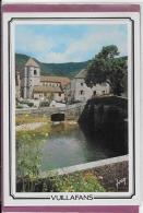 25.- VUILLAFANS  .- La Place De L ' église Et La Lou - Other Municipalities