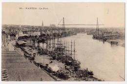 CPA N°505 - NANTES 44 Loire Atlantique - Le Port Bien Animé , Bateaux , Voiliers Transbordeur - Pas De Nom D'éditeur - Nantes