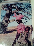 AFRICA  HOA-QUI MOTHERHOOD DONNA E BAMBINO VB1968  FV9004 - Ruanda- Urundi