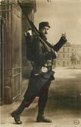 MILITAIRE EN UNIFORME - Infanterie. - Uniformes