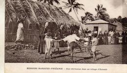 UNE RECREATION  DANS UN VILLAGE D OCEANIE - Samoa Americana