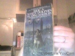 Ride A White Dolphin  Par Anne Maybury - Livres, BD, Revues