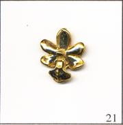 PIN´S Nature / Environnement  - Fleur / Orchidée. Non Estampillé. Métal Doré 3D. T474-21 - Pin's