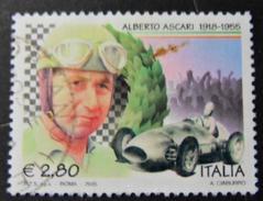 2005 Nr 2835 50º Anniversario Della Morte Di Alberto Ascari - Ritratto Di Alberto Ascari E Auto Da Corsa 2,80 € - 6. 1946-.. Repubblica