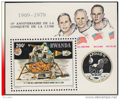 Rwanda BL 084**  10è Anniversaire De La Conquête De La Lune  MNH - Rwanda