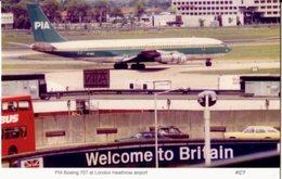 Pakistan International Airlines Boeing 707 Heathrow Airport - 1946-....: Era Moderna