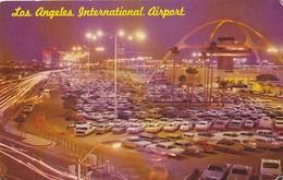 Airport Los Angeles International - Many Old Cars 1967 - Aerodrome