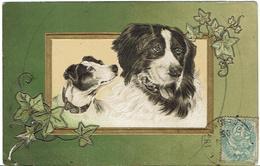 CPA - FANTAISIE - CHIENS ET LIERRE - Gaufrée - - Hunde