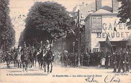 CHARLEVILLE - Les Allées Un Jour De REVUE - Défilé - Non Classificati