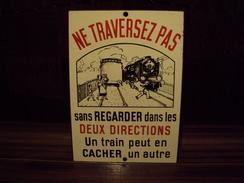 Plaque émaillée Ancienne SNCF - Plaques Publicitaires