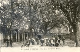 Ecole De Sorèze - La Cour Des Collets Bleus - France