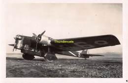CPA AVIATION ISTRES CARTE DE PHOTO AVION DE BOMBARDEMENT AMIOT 143 - ....-1914: Précurseurs