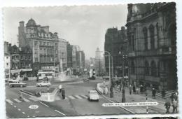 CPSM SHEFFIELD, TOWN HALL SQUARE, AUTOS VOITURES ANCIENNES, Format 9 Cm Sur 14 Cm Environ, ANGLETERRE - Sheffield