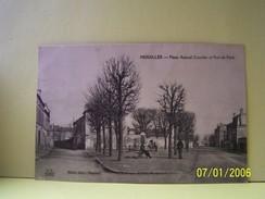 HOUILLES (YVELINES) PLACE AMIRAL COURBET ET RUE DE PARIS. - Houilles