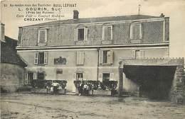 E-16-3233 : CROZANT AU RENDEZ VOUS DES TOURISTES HOTEL LEPINAT L. GOURIN. - Crozant