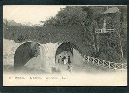 CPA - PORNIC - Le Château - Les Voûtes, Animé   (dos Non Divisé) - Pornic