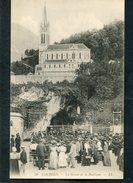 CPA - LOURDES - La Grotte De La Basilique, Très Animé - Lourdes