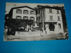 """17 ) ROYAN - PONTAILLAC : Carte Photo - Hotel """" La Chaumiere """" En Face La Plage   - Année  - EDIT : Abeille - Royan"""