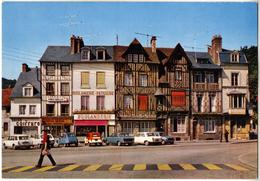 27 PONT-AUDEMER - Place De Verdun - Les Vieilles Demeures (Citroën 2CV, Renault 4L, Peugeot 404, Chrysler Simca) - Pont Audemer