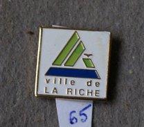 ECUSSON.......VILLE DE LA RICHE............ Département D'Indre-et-Loire, Dans La Région Centre-Val De Loi.. - Villes