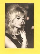 Postcard - Film, Actor, Brigitte Bardot    (24383) - Actors