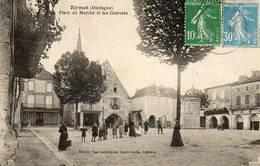 CPA - EYMET (24) - Aspect De La Place Du Marché Et Les Couverts Dans Les Années 20 - Autres Communes