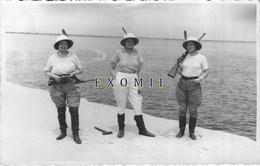 Afrique Femme Colon Chasse Luger Colonial 14x9cm Rare Photo Ancienne - Unclassified