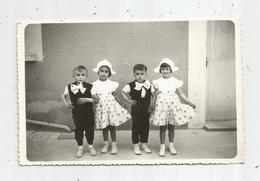 Carte Photo , Enfants , Filles , Garçons , NOCE BRETONNE , écrite 1954 - Groupes D'enfants & Familles